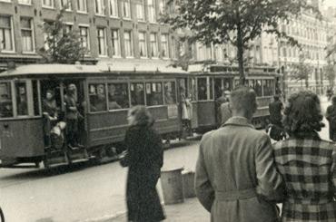 tram_razzia_karel_b-nnekamp_370